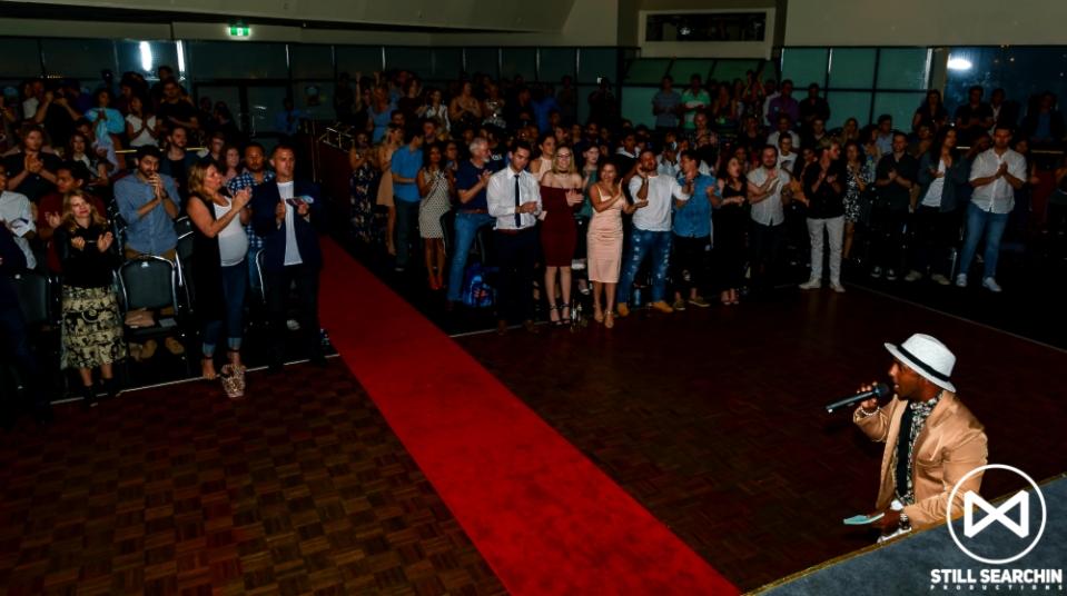 MITW2017 standing ovation1000